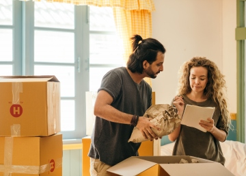 8 Steps For A Stress-Free Household Moving Experience