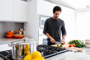 8 Kitchen Cleaning Hacks to Prevent Food Poisoning
